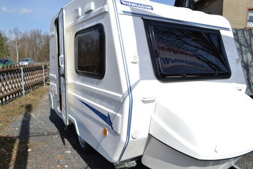 Wohnwagen Mit Etagenbett Mieten : Wohnwagen mieten in kroatien lmc autocamp nordsee